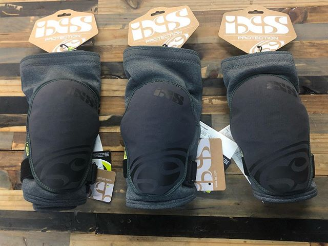 It's kneeearly Xmas and we just got in some IXS pads to protect ya patella.